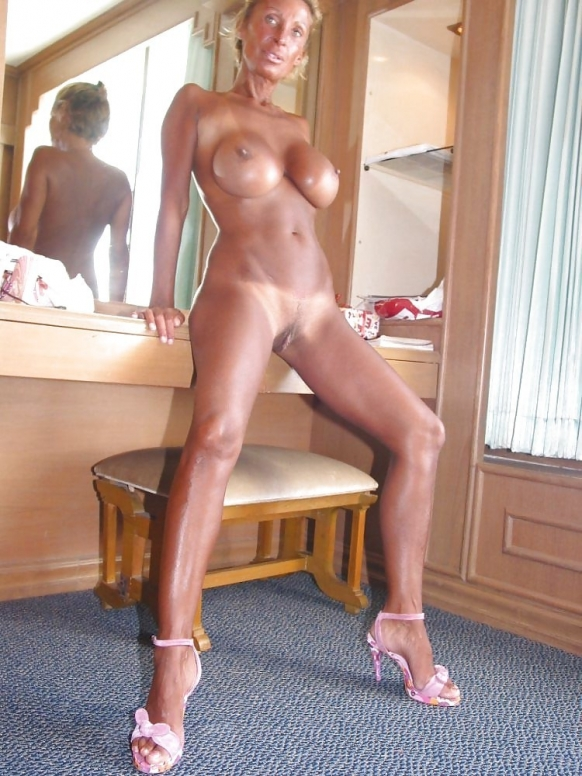 Ugly mature skank on automatic 7