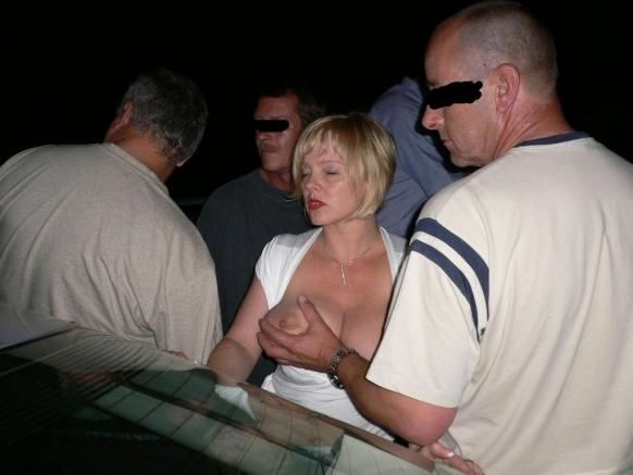 wife groped in public