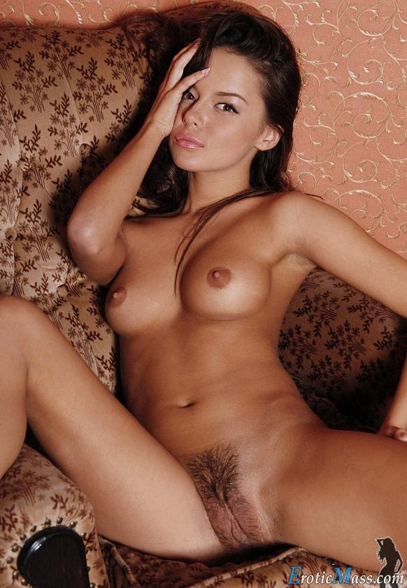 Desnudas hermosas chicas Mujeres Hermosas