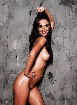 Selena gomez young nude