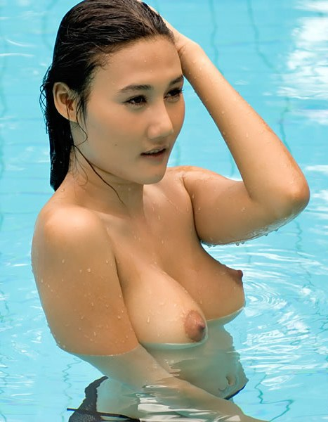 Her name.. bikini hot bugil telanjan Babe