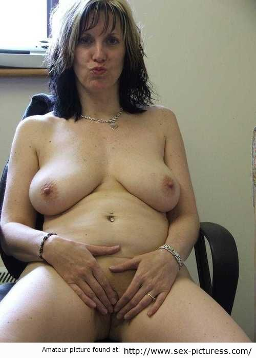 Nude mature women nudist