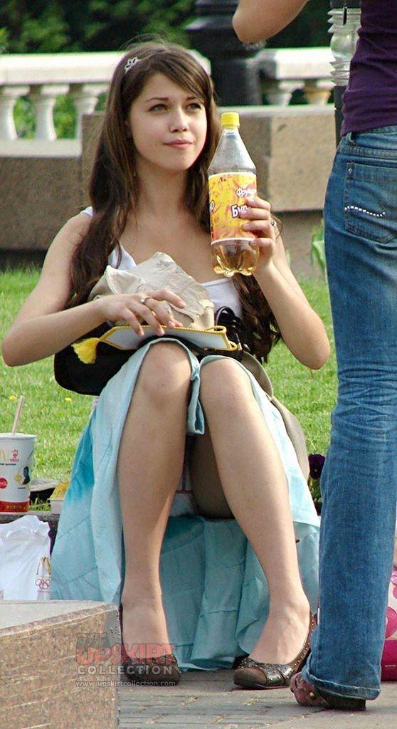 schoolgirl with big ass