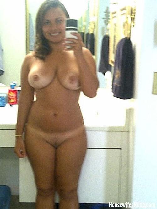 sexy petit big tit women